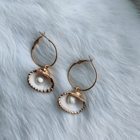 Ivy, Gold Shell Pearl Hoop Earring