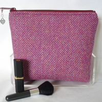 Harris Tweed Cosmetic Bag - Deep Pink Herringbone