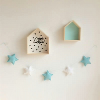 Handmade Green & White Stars Garland Wall Hanging Ideal for Nursery