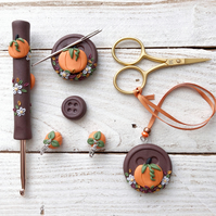 Pumpkin crochet hook and notion set