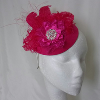Raspberry Cerise Pink Vintage Style Pillbox Hat with Feathers & Diamante Brooch