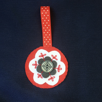 Red Nordic Style Felt Flower Christmas Bauble Decoration