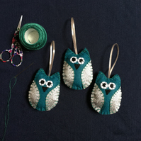 Silver and Teal Christmas Owl Felt Ornament FREE POSTAGE