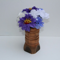 Burnt effect pine vase with copper coloured highlights