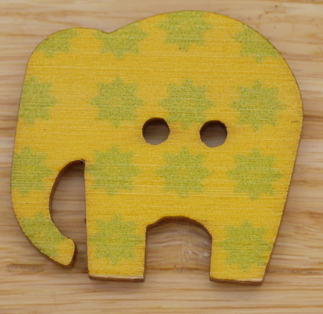 Yellow elephant with green star Button embellishment