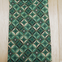 Cathedral window pattern sunglass case A