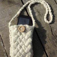 Small shoulder bag. Handspun, handknitted wool with Celtic knot design.