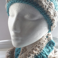 Crochet Beanie and Cowl Set in Grey and Teal
