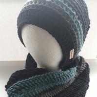 Mens Beanie and Cowl Set in Oxford Blue