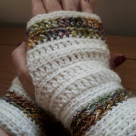Fingerless Mittens in Cream and Tweed