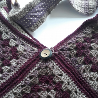 Crochet Shoulder Bag in Purple - Large