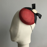 Red and Black Button Beret Percher Hat with Clock Face Adornment