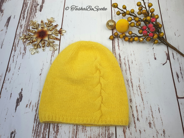 Hand knitted hat Yellow beanie Girls knit hat Women slouchy hat Gift for her