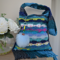 Pretty Summer Bag With Tassels