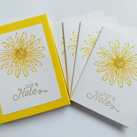 Daisy Notecards (set of four in sleeve)