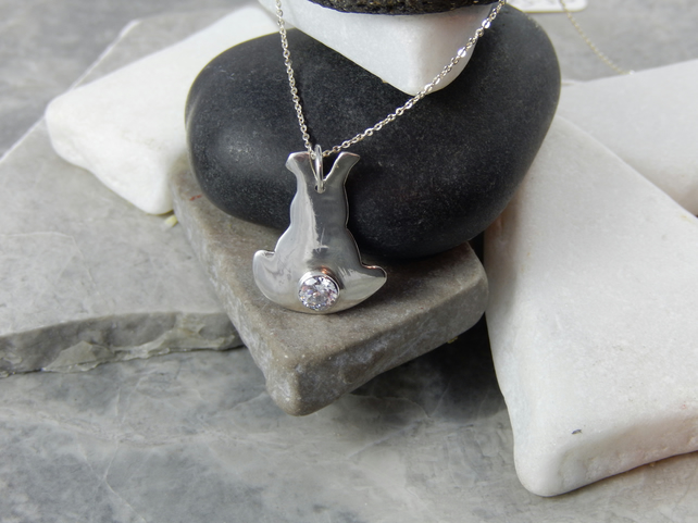 Gemstone set Silver bunny rabbit pendant