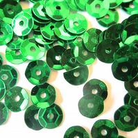 30g of GREEN 7mm  Sequins Approx. 2500