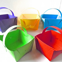 10 Bright Easter Basket Favour Boxes with handle