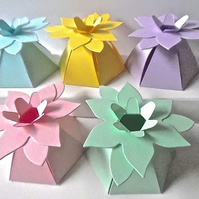 10 Pastel Flower Top Favour Boxes Gift Box, Weddings, baby shower