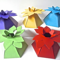 10 Bright Flower Top Favour Boxes Gift Box, Weddings, baby shower