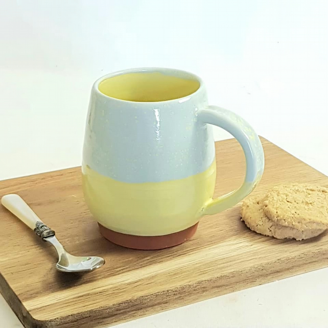 blue and yellow country kitchen style mug