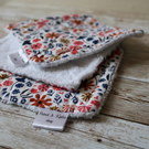 Set of 3 dish cloths in retro floral cotton fabric and white terry cloth backing