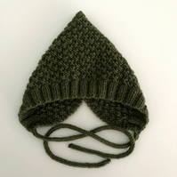 Hand Knitted Pixie Hat 3-6 months