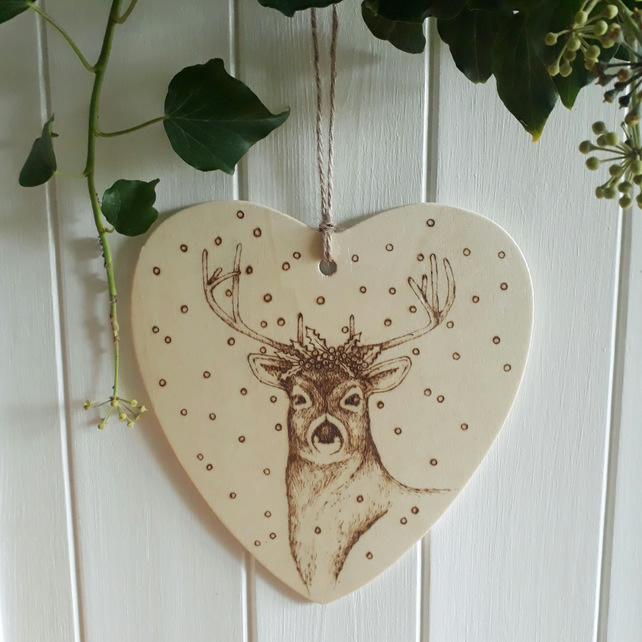 Festive red deer pyrography wooden heart hanging decoration