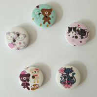 25 Assorted Cat & Teddy Buttons Size 15mm