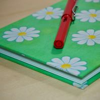 A5 Hardback Notebook with full cloth green cover with daisies