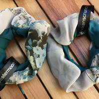 Frankenscrunchie blue - medium size, full scrunch!