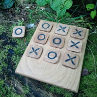 Hand Carved Oak Noughts and Crosses (Tic Tac Toe)