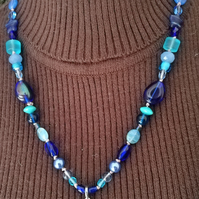 Shades of Blue Ying-Yang beaded necklace