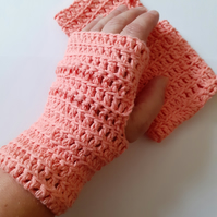 Cotton Fingerless Gloves in Tea Rose