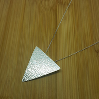 Sterling silver textured triangle pendnt