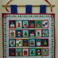 Christmas Advent Calendar. Quilted advent calendar.