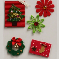 MIC Pack of Christmas Tree and Flowers Embellishments