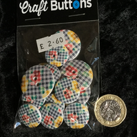 Craft Buttons Navy Blue Flower Tartan (N.33)