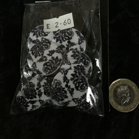 Craft Buttons White & Black Paisley (N.28)
