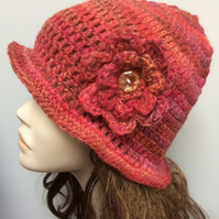 Hand Crocheted 1920s Flapper Hat Beanie Autumn Colours Red Orange Gold Brown