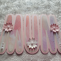 Pink MUM shaped card for birthday or Mother's Day