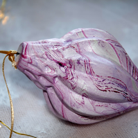 Hand-marbled ceramic bauble 11