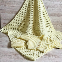 Aran Baby Blanket Cardigan and Hat Set For Newborn in pale Lemon