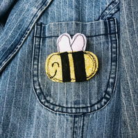 Bumblebee Glitter Badge
