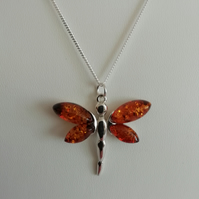 Amber Glowing Dragonfly and Sterling Silver Necklace. - 925 Collection