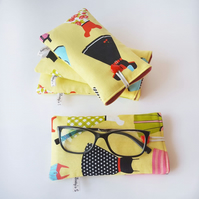Padded Eye Glasses Case, Sunglasses Pouch, Vintage Dress Fabric Case