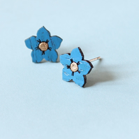 Tiny Oak Forget-me-not Stud Earrings