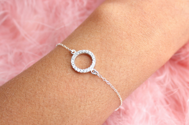 Sterling Silver Cubic Zirconia Circle Bracelet