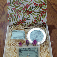 Christmas Gift Set - with free gift