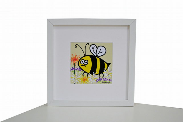 'DESK BUDDY' Your own cute BEE to keep you company!
